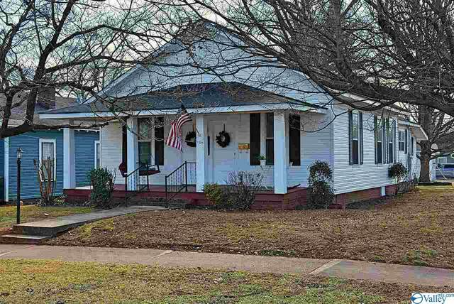 1104 Ward Avenue, Huntsville, AL 35801 (MLS #1772817) :: Legend Realty
