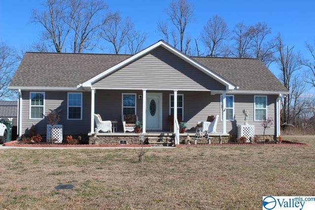 95 Keef Avenue, Rainsville, AL 35986 (MLS #1772923) :: Southern Shade Realty
