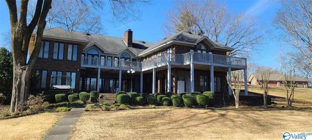 295 Lee Drive, Muscle Shoals, AL 35661 (MLS #1773428) :: Amanda Howard Sotheby's International Realty