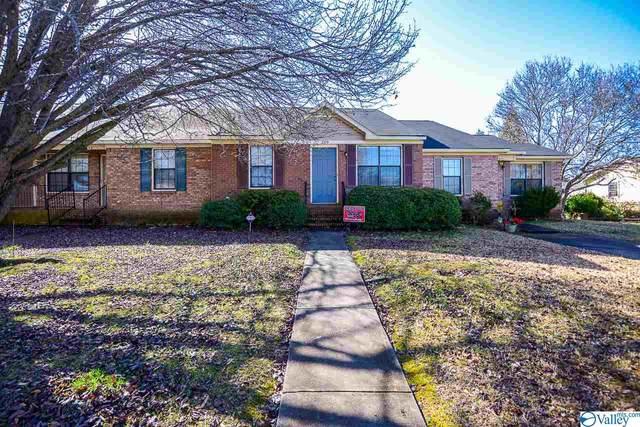 319 Cardinal Drive, Decatur, AL 35603 (MLS #1773497) :: MarMac Real Estate
