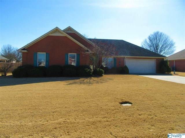 2607 Compton Drive, Decatur, AL 35603 (MLS #1773959) :: LocAL Realty