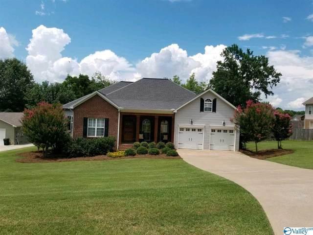 6475 Spring Creek Drive, Guntersville, AL 35976 (MLS #1774106) :: Southern Shade Realty