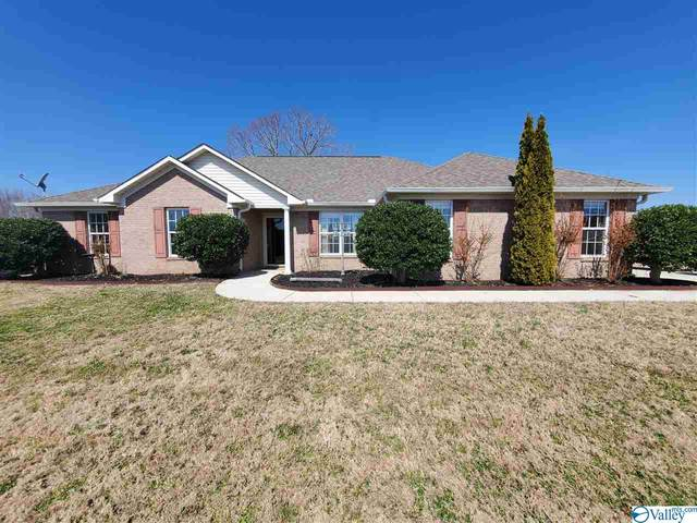 136 Edgebrook Drive, Ardmore, AL 35739 (MLS #1774145) :: Southern Shade Realty