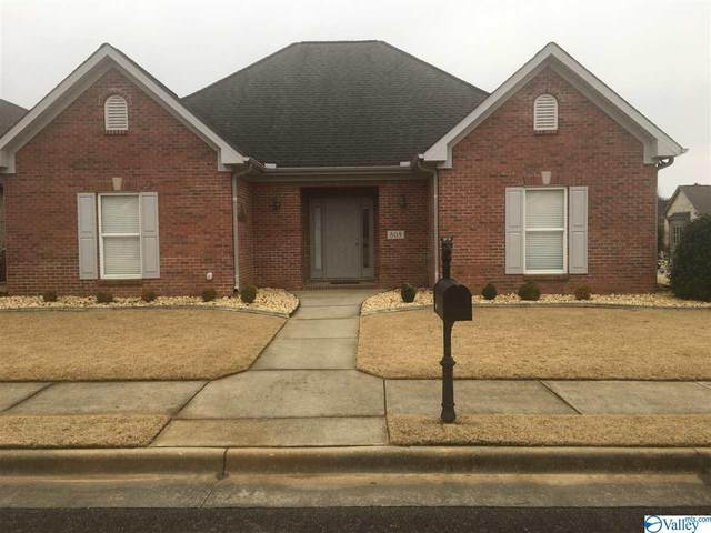 809 SW Milton Place, Decatur, AL 35603 (MLS #1774484) :: Coldwell Banker of the Valley
