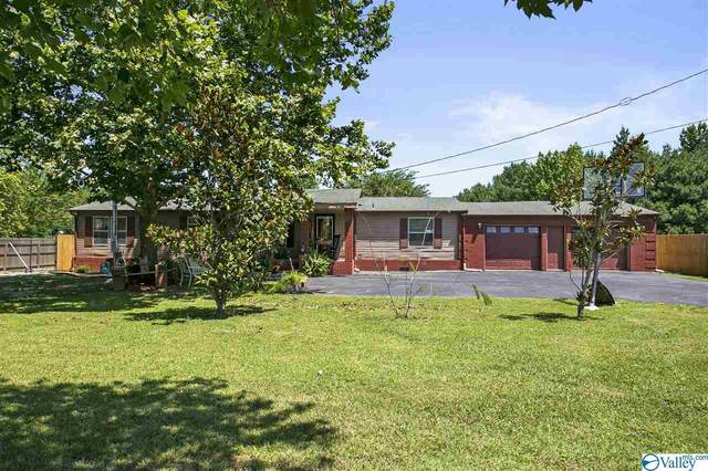 22443 New Garden Road, Elkmont, AL 35620 (MLS #1774791) :: Southern Shade Realty