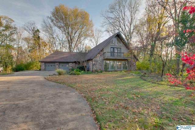 704 Bluewood Drive, Huntsville, AL 35802 (MLS #1775398) :: Coldwell Banker of the Valley
