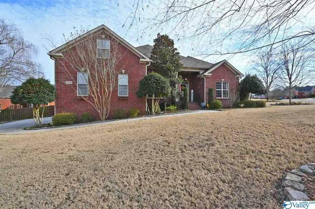 4400 Cove Nestle Drive, Owens Cross Roads, AL 35763 (MLS #1775469) :: Legend Realty