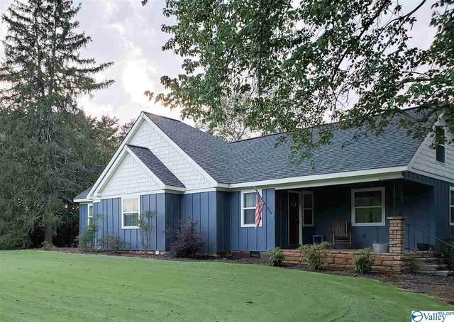 2710 Godfrey Avenue, Fort Payne, AL 35967 (MLS #1775598) :: Southern Shade Realty