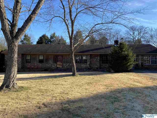 208 Paine Avenue, Moulton, AL 35650 (MLS #1775606) :: MarMac Real Estate