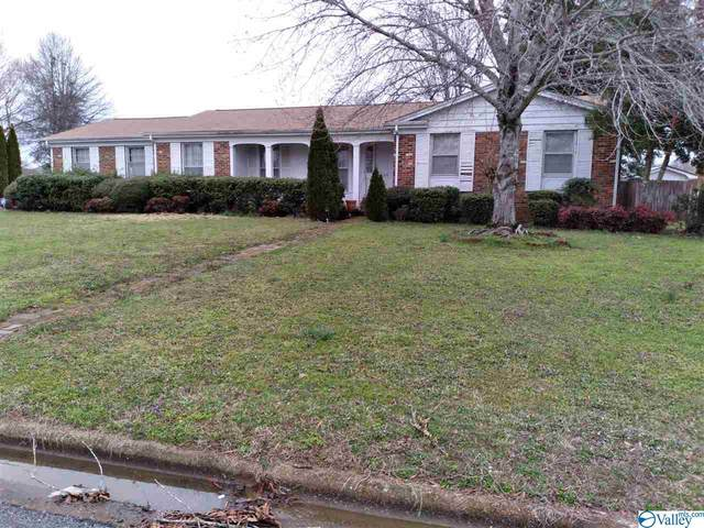 36 Sandra Lane, Athens, AL 35611 (MLS #1775653) :: MarMac Real Estate