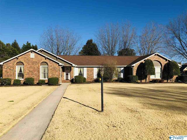2304 Fairway Circle, Decatur, AL 35601 (MLS #1775832) :: MarMac Real Estate