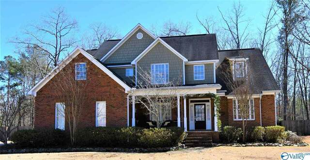 207 English Lane, Rainbow City, AL 35906 (MLS #1775882) :: The Pugh Group RE/MAX Alliance