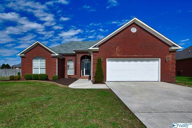 607 Haley Ann Drive, Hartselle, AL 35640 (MLS #1775944) :: MarMac Real Estate
