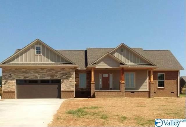 21 W Blue Heron Drive, Killen, AL 35645 (MLS #1776684) :: MarMac Real Estate