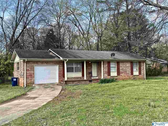 2411 Springdale Circle, Huntsville, AL 35810 (MLS #1777342) :: Rebecca Lowrey Group