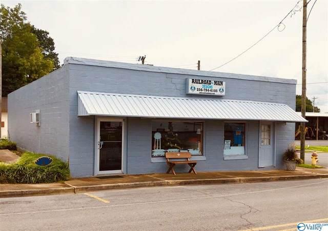 60 Railroad Avenue, Falkville, AL 35622 (MLS #1777468) :: Dream Big Home Team | Keller Williams