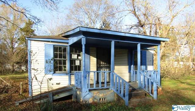 657 Smith Street, Courtland, AL 35618 (MLS #1777602) :: The Pugh Group RE/MAX Alliance