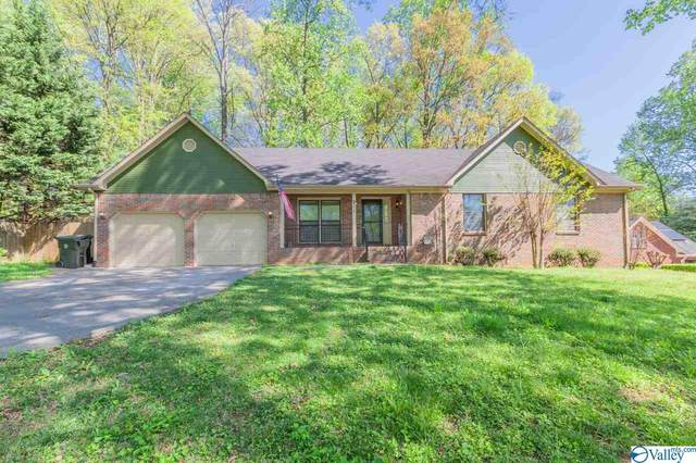 211 Kelsey Lynn Lane, Huntsville, AL 35757 (MLS #1777757) :: Southern Shade Realty
