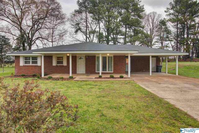 2677 Lee Street, ROGERVILLE, AL 35652 (MLS #1777772) :: Southern Shade Realty