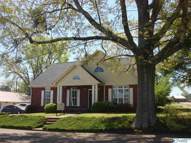 110 Bay Street, Gadsden, AL 35901 (MLS #1778107) :: Dream Big Home Team | Keller Williams