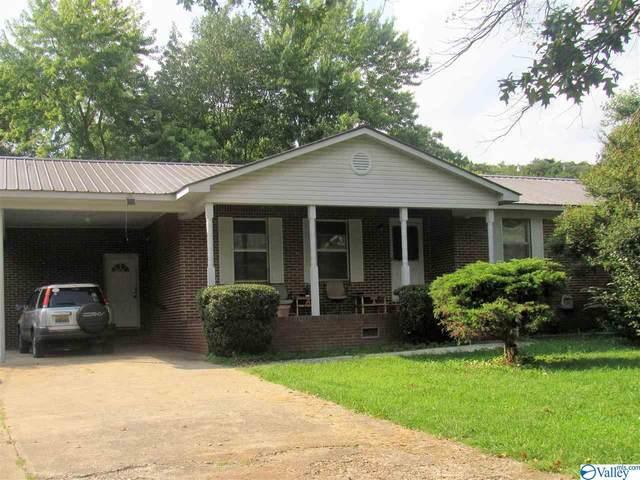 4002 Gault Avenue, Fort Payne, AL 35967 (MLS #1778354) :: MarMac Real Estate