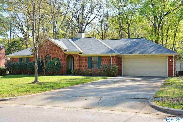 12105 Greenleaf Drive, Huntsville, AL 35803 (MLS #1778643) :: Green Real Estate