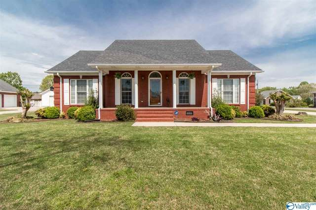 17535 Martin Drive, Athens, AL 35611 (MLS #1778914) :: RE/MAX Distinctive | Lowrey Team