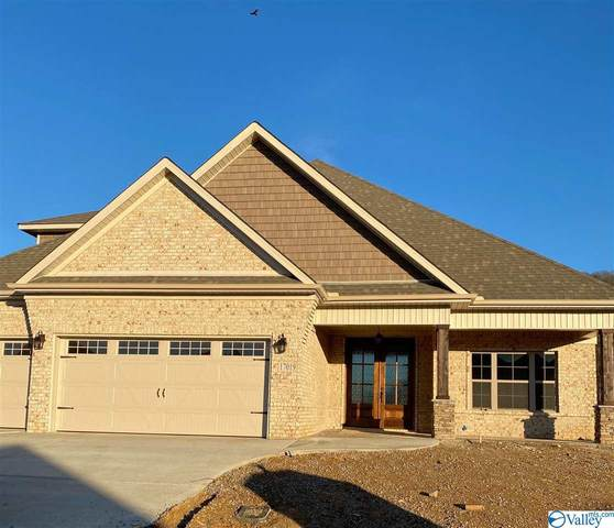 17002 Bright Water Lane, Huntsville, AL 35803 (MLS #1779087) :: Coldwell Banker of the Valley