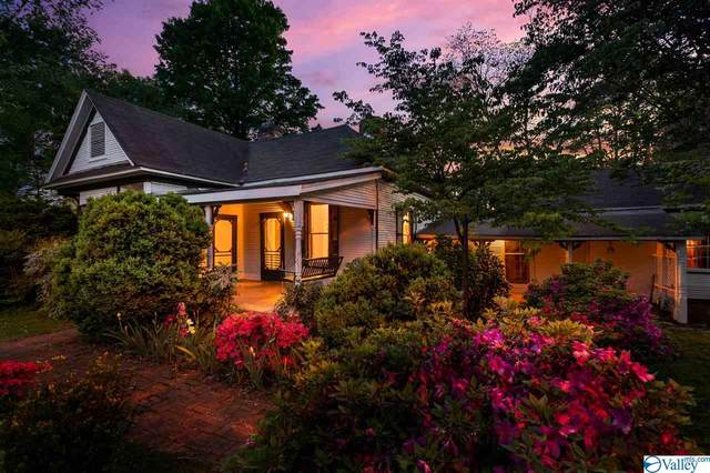 4865 Market Street, Mooresville, AL 35649 (MLS #1779423) :: Coldwell Banker of the Valley