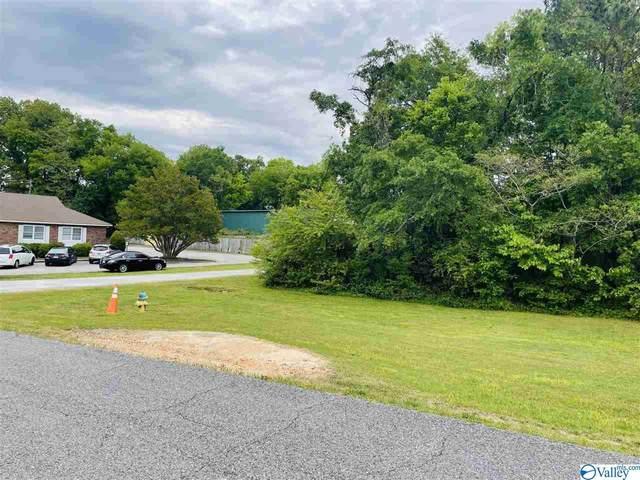 829 River Bend Drive, Gadsden, AL 35901 (MLS #1779653) :: Dream Big Home Team | Keller Williams