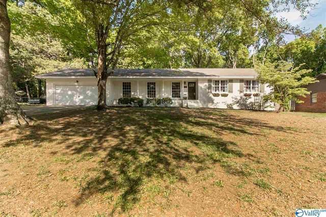 8503 Hickory Hill Lane, Huntsville, AL 35802 (MLS #1779752) :: Southern Shade Realty