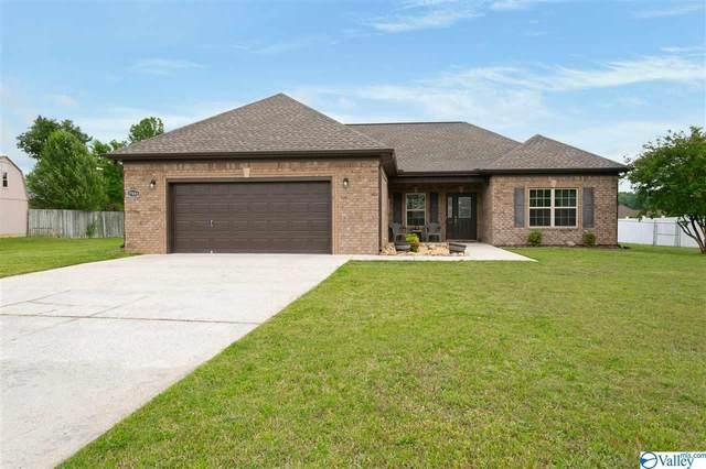 27031 Thomas Edward Drive, Athens, AL 35613 (MLS #1780050) :: MarMac Real Estate