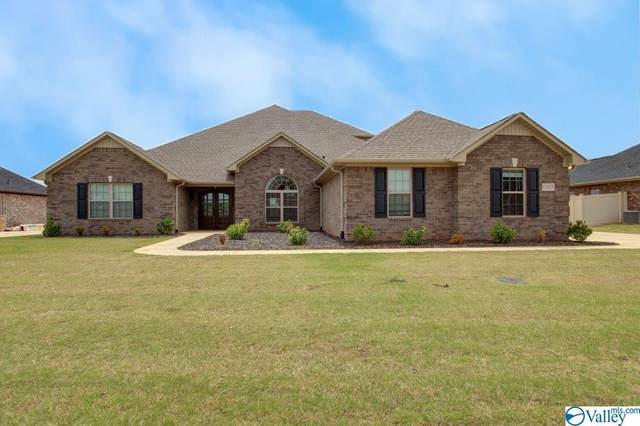 13525 Pinnacle Drive, Athens, AL 35613 (MLS #1780064) :: RE/MAX Distinctive | Lowrey Team