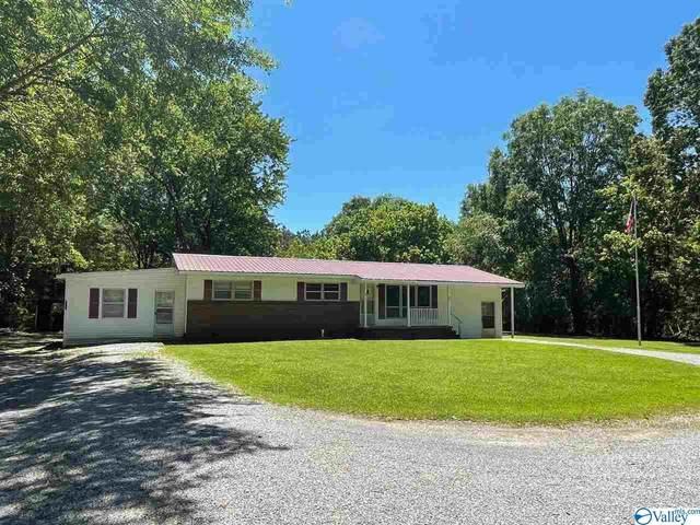 303 East Byrd Road, Hartselle, AL 35640 (MLS #1780641) :: MarMac Real Estate