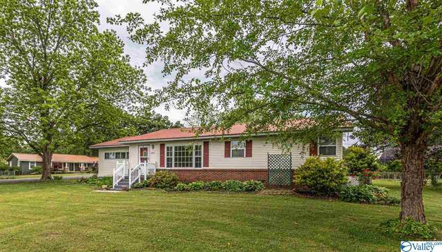 2205 Pinehurst Street, Hartselle, AL 35640 (MLS #1780667) :: MarMac Real Estate