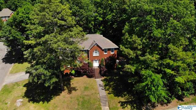 15001 Greentree Trail, Huntsville, AL 35803 (MLS #1780925) :: Green Real Estate