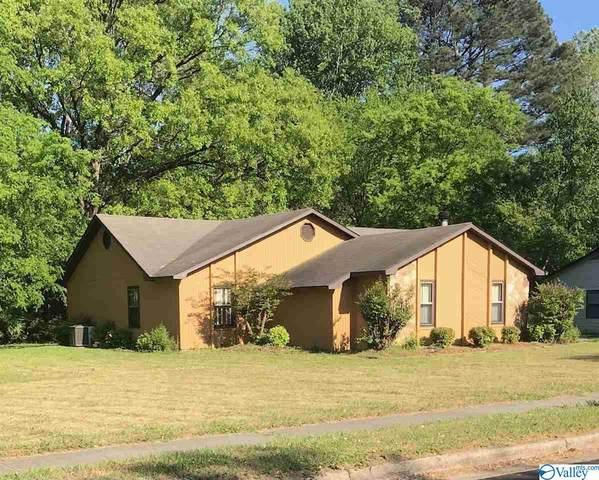 12017 Runningmeade Trail, Huntsville, AL 35803 (MLS #1780953) :: Green Real Estate