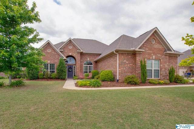 4807 Pinebrook Court, Owens Cross Roads, AL 35763 (MLS #1781086) :: Dream Big Home Team | Keller Williams