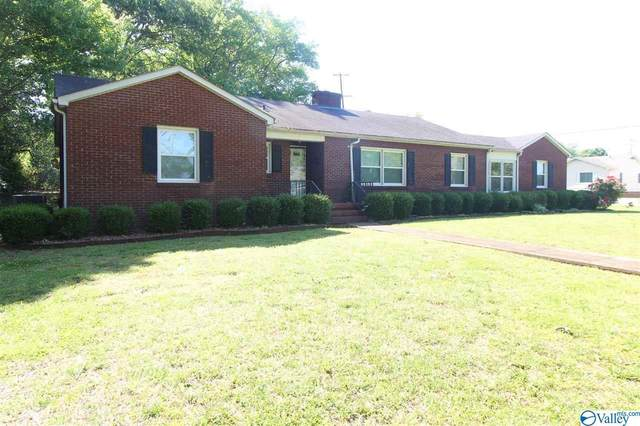 1102 S Madison Street, Athens, AL 35611 (MLS #1781107) :: Dream Big Home Team | Keller Williams