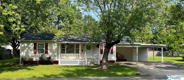 327 Shaw Street, Athens, AL 35611 (MLS #1781385) :: Green Real Estate