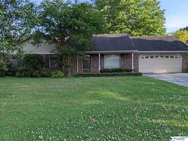 2111 Lancelot Drive, Decatur, AL 35603 (MLS #1781610) :: Green Real Estate