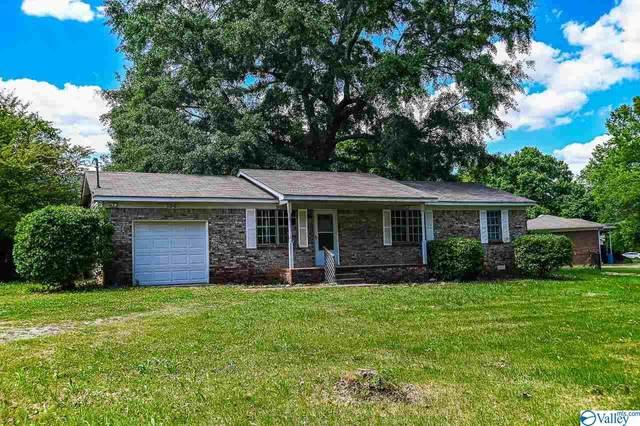 136 Jones Circle, Brownsboro, AL 35741 (MLS #1781779) :: Green Real Estate