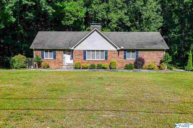 3804 High Point Drive, Decatur, AL 35603 (MLS #1781811) :: Green Real Estate