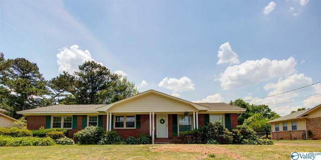 9032 Craigmont Road, Huntsville, AL 35802 (MLS #1781936) :: Green Real Estate