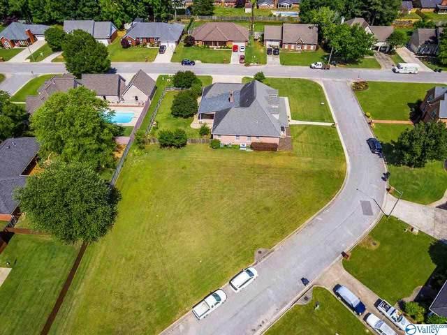 Cumberland Court, Decatur, AL 35603 (MLS #1782384) :: Legend Realty