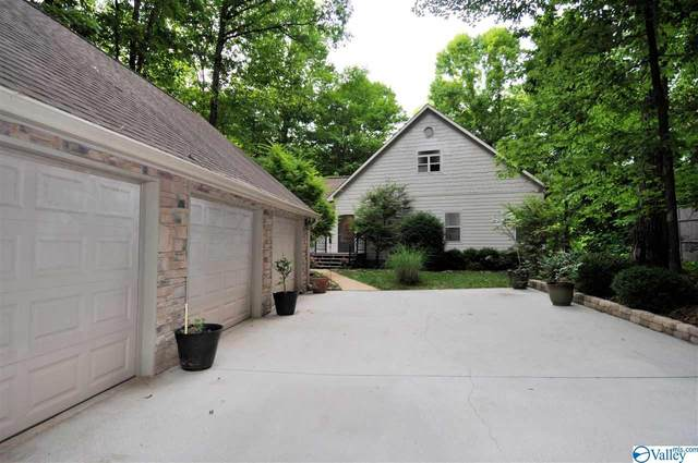 7721 Blue Springs Drive, Athens, AL 35611 (MLS #1782442) :: Coldwell Banker of the Valley