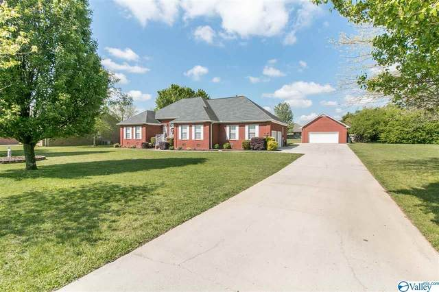 19067 E Limestone Road, Athens, AL 35613 (MLS #1782823) :: Coldwell Banker of the Valley