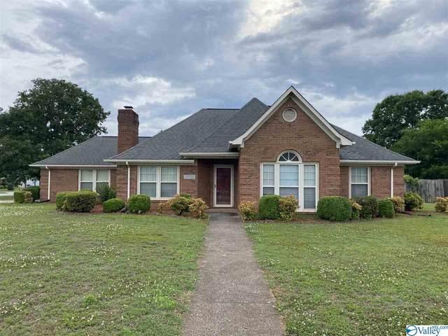 10328 Saint Alban Blvd, Huntsville, AL 35803 (MLS #1783088) :: Coldwell Banker of the Valley