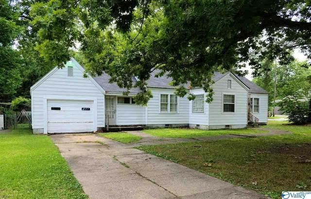2001 College Street, Decatur, AL 35601 (MLS #1783097) :: Amanda Howard Sotheby's International Realty