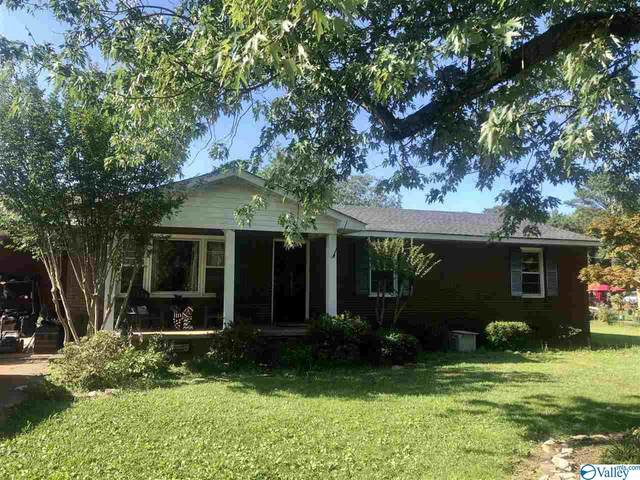 1501 Pinedale Street, Athens, AL 35611 (MLS #1783672) :: Coldwell Banker of the Valley